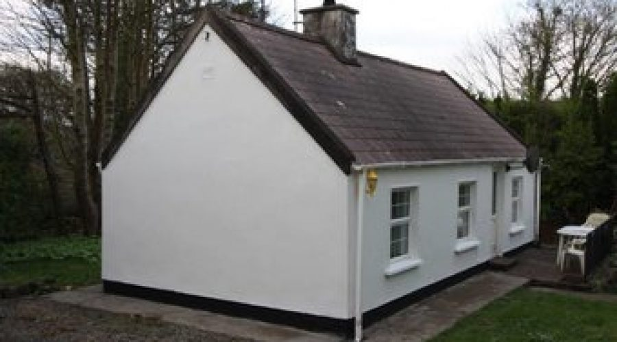 Finn's Cottage,Lacknacummeen, Belgooly, Co. Cork
